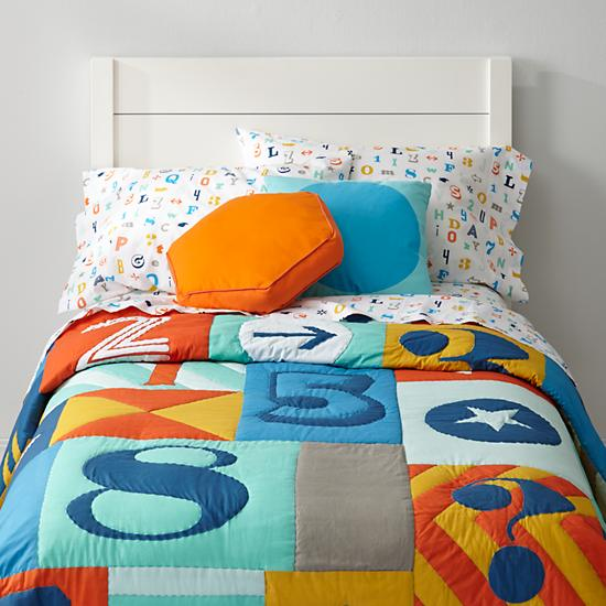 Alphanumeric Letters And Numbers Boys Bedding