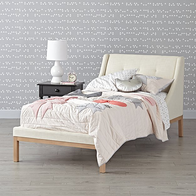 Gallery Cream Upholstered Wing Bed
