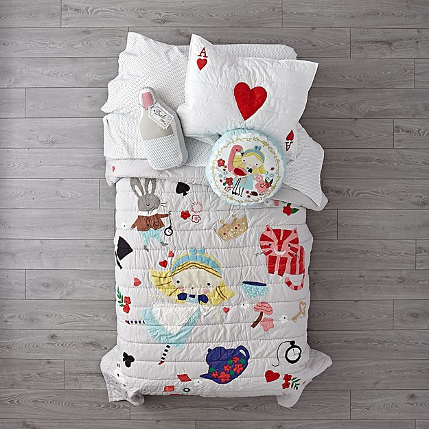 Wonderland Girls Bedding
